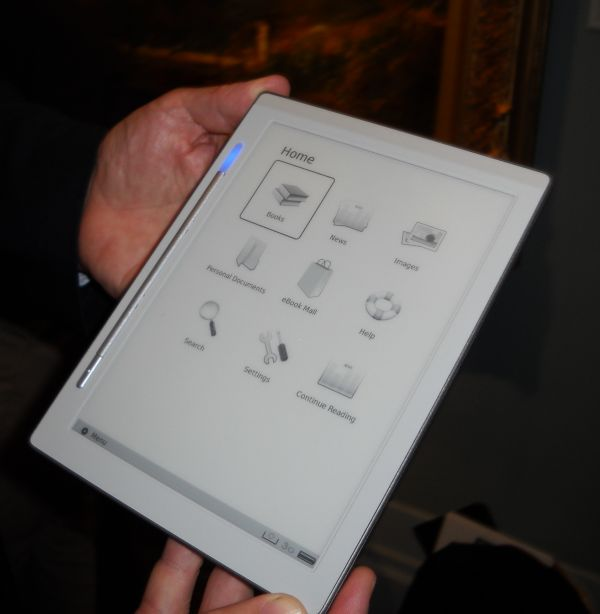 Irex Technologies' first eReader to be sold in the US.